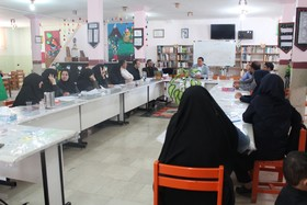 دورهیآموزشی آشنایی با 'کارکردهای تربیتی و اجتماعی در مراکز ' دریاسوج برگزار شد