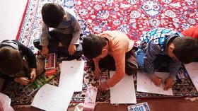 شادی کودکان حاشیه شهر مریوان با برنامههای هفته ملی کودک