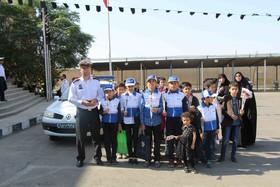 بازدید اعضای کانون مراکز 8 و 1 از ستاد پلیس راهور استان قم