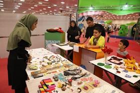 هنر دست بچهها در دست بازدیدکنندگان نمایشگاه