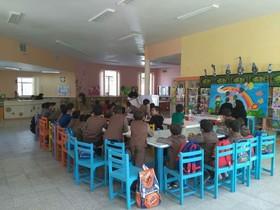 برنامه مشترک مرکز 4 کانون استان قم و پایگاه خدمات اجتماعی و بهداشت در هفتهی ملی کودک