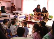 اجرای نمایش برای کودکان در بیمارستان قلب شهید رجایی تهران/ عکس از یونس پناهی