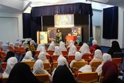 شعرخوانی شاعر نامآشنا برای دانشآموزان تهرانی