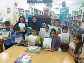 تقدیر از اعضای کتابخوان کانون توسط نهاد کتابخانههای شهرستان قشم