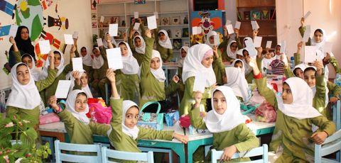 گزارش تصویری اجرای طرح کانون مدرسه در مراکز فرهنگی و هنری کانون استان قزوین
