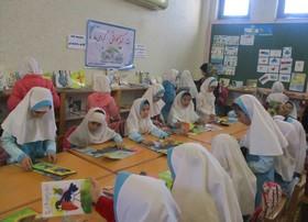آشنایی دانشآموزان سیمینشهری با فعالیتهای فرهنگیهنری کانون پرورش فکری