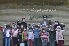 ماسک های رنگی در اعتراض به هوای ناسالم
