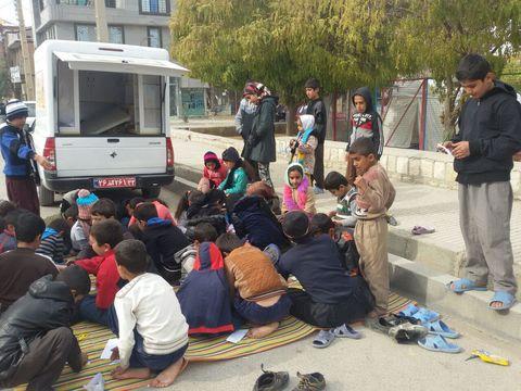 اعزام مربیان کتابخانههای سیار کانون به کرمانشاه