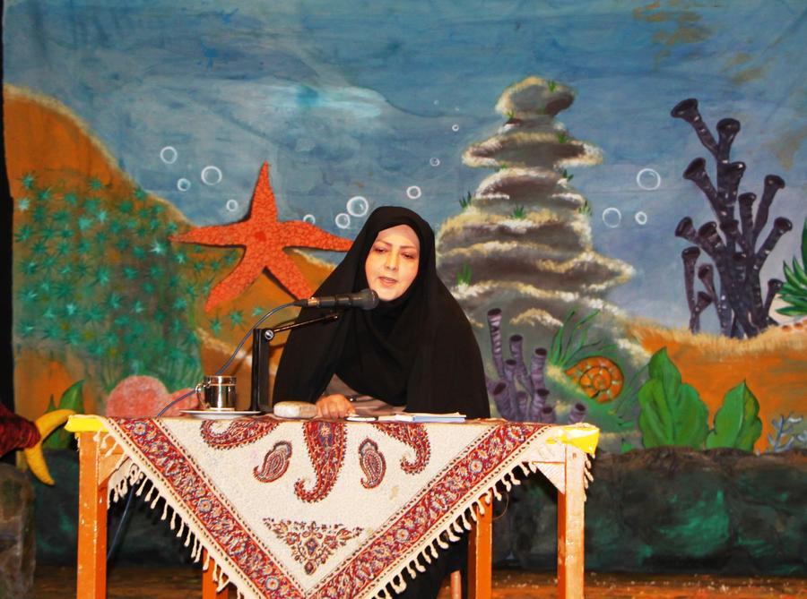 مدیرکل کانون استان قزوین در نشست معاونان آموزش و پرورش استان