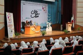 برنامه ادبی دوپنجره در کانون پرورش فکری مازندران