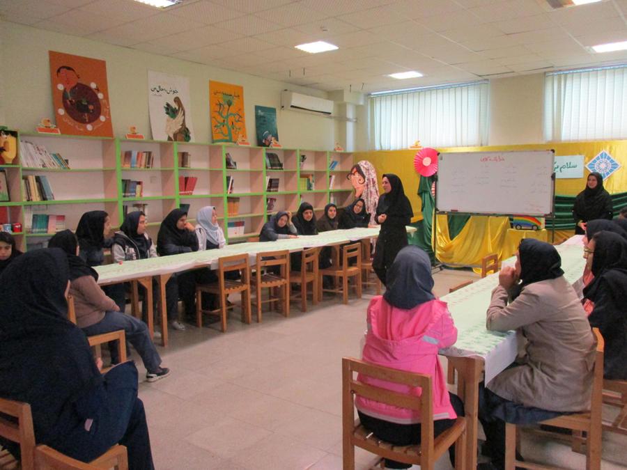 مهارتآموزی نوجوانان دارای نیازهای ویژه در کارگاههای مهیج مرکز فراگیر کانون گرگان