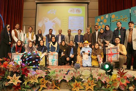 گزارش تصویری از آیین اختتامیه بیستمین جشنواره بینالمللی قصهگویی حوزهی پنج کشوری در سمنان