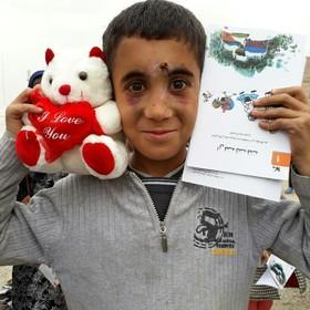 روایت فعالیت های ستاد امداد فرهنگی کودک و نوجوان در مناطق زلزله زده، در نمایشگاه عکس