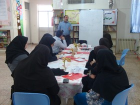 کارگاه تخصصی شعر کوتاه نوجوان در کانون ایلام برگزار شد