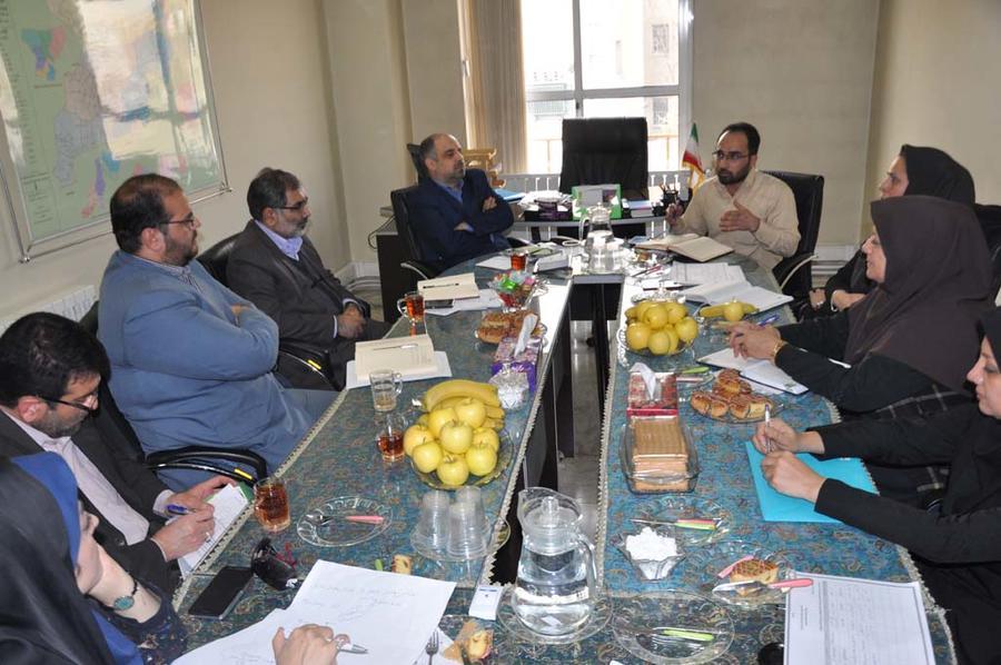 جلسه کمیته کودک ونوجوان دهه فجر البرز
