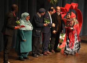 قصه گوی اردبیلی برگزیده بیستمین جشنواره بینالمللی قصهگویی شد