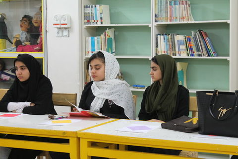 اولین جلسه انجمن ادبی کودک و نوجوان کانون خوزستان در اهواز