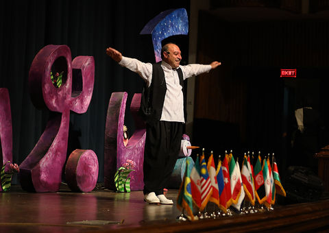 تاکید قصهگوی کرمانشاهی بر توجه به ادبیات بومی و شفاهی