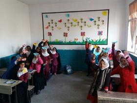 فعالیتهای کتابخانههای سیار کانون خراسان جنوبی در فصل زمستان