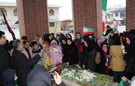 گلباران گلزار شهدای سلیمانداراب رشت به مناسبت دههی مبارک فجر