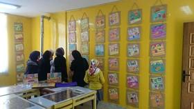 نمایشگاه نقاشی دیواری با موضوع انقلاب در بروجن