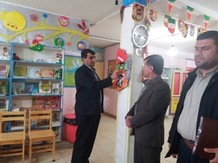 نواختن زنگ انقلاب در مرکز فرهنگی هنری سی سخت