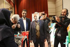 گزارش تصویری از جشن بزرگ انقلاب و آیین رونمایی از چهار جلد کتاب کودک و نوجوان در سمنان