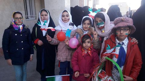 کارگاههای فرهنگی هنری کانون آذربایجان شرقی در راهپیمایی شکوهمند 22  بهمن