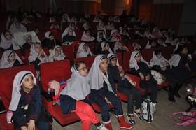 استقبال دانش آموزان کرجی از نمایش های کانون البرز
