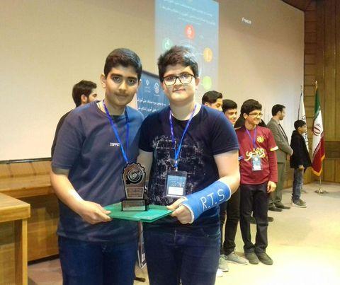اعضای کارگاههای رباتیک کانون صومعهسرا افتخارآفرین شدند