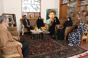 دیدار مدیرکل و کارکنان کانون سمنان با خانواده شهید نصیری