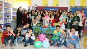 نوروز با عیدانه کتاب در همدان