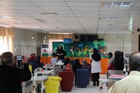 برنامه های شاد برای کودکان بیمار اجرا شد