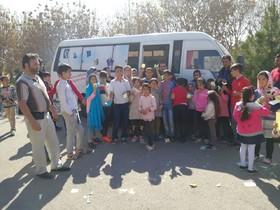 کتابخانههای سیار کانون پرورش فکری کودکان و نوجوانان استان آذربایجان شرقی همراه کودکان و نوجوانان در روز طبیعت ۲