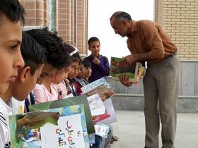 اجرای طرح عیدانه در مرکز صفی آباد