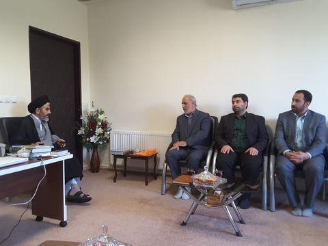 دیدار مدیرکل کانون آذربایجانغربی با نماینده ولی فقیه در استان