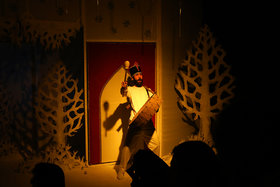 نمایش «هدیه اسرارآمیز» در مرکز تئاتر کانون
