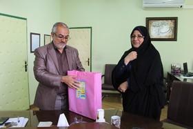 تقدیر از معاون فرهنگی اداره کل کانون فارس