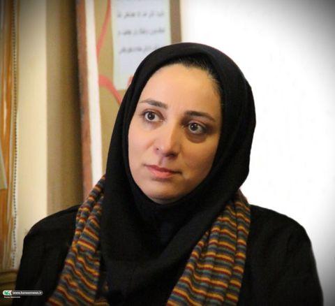 عرضه کتاب تألیفی مربی کانون تهران، در نمایشگاه کتاب