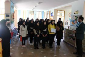 بازدید دانش آموزان از فعالیتهای کانون در پارسآباد