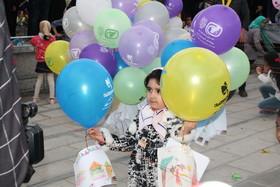 جشن پرواز بادکنک در همدان