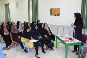 کارگاه آموزش قصهگویی برای مربیان پیش دبستانی