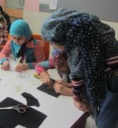 کارگاه آشنایی با صنایع دستی بومی در مرکز فرهنگی هنری شمارهی یک زاهدان