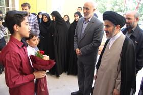بازدید نماینده ولی فقیه در استان و امام جمعه ارومیه از کانون