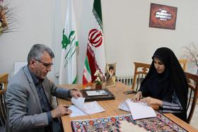 امضای تفاهم نامه همکاری بین اداره کل کانون پرورش فکری کودکان و نوجوانان با اداره کل پست کردستان
