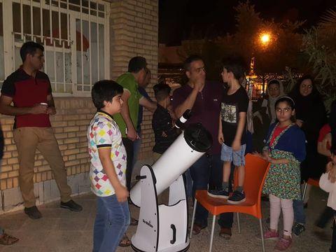 کودکان و نوجوانان شوشی در کانون اجرام آسمانی را رصد میکنند