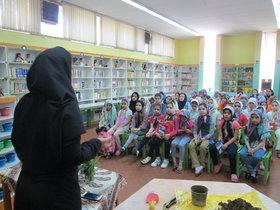 اعضای مرکز ۱۴ کانون تهران با زمین دست دوستی دادند