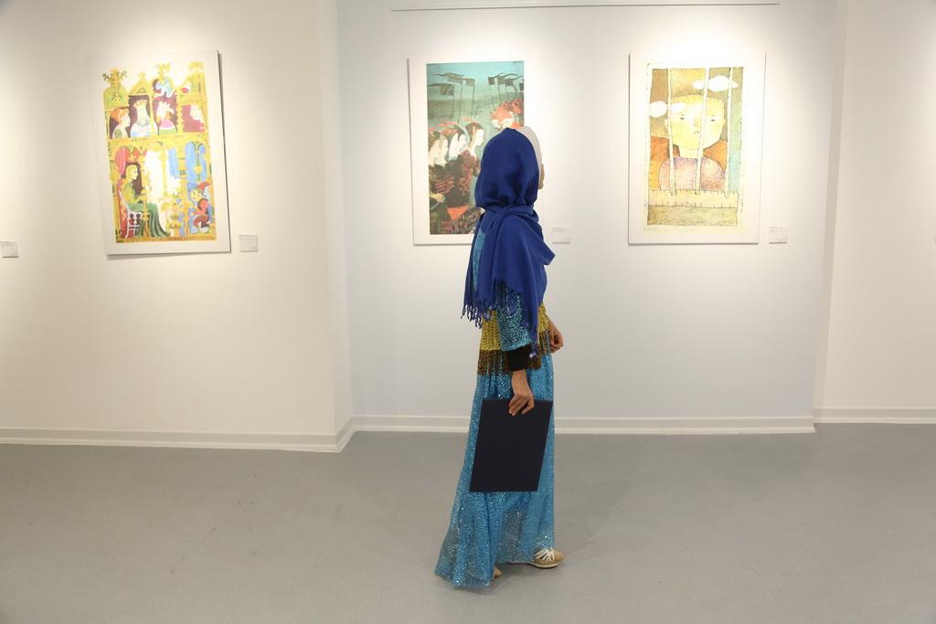 نمایشگاه آثار منتخب تصویرگری دو سالانه براتیسلاوا و  کارگاه آموزشی گلدوزیان در گالری سوره سینما بهمن سنندج