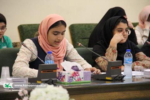 یکصد و بیستمین انجمن ادبی شهر و داستان آفرینش کانون استان تهران / عکس از یونس بنامولایی