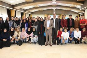 گزارش تصویری از نشست اعضای انجمن ادبی سمنان با مدیرعامل کانون پرورش فکری